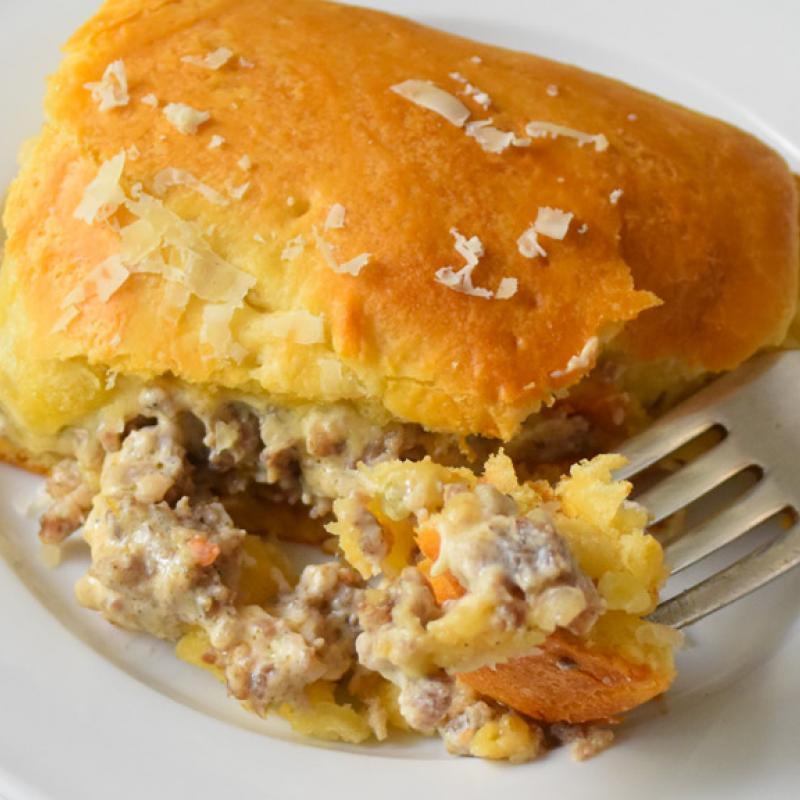 Sausage & Cheese Puff-Squares Recipe