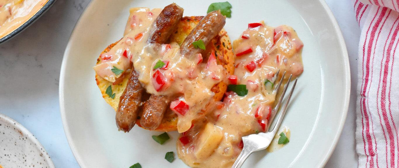Red Pepper Gravy & Sausages Recipe by Swaggerty's Farm®